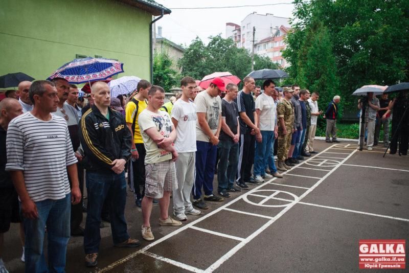 Схаменулися: на Прикарпатті дев'ять ухильників від мобілізації самостійно прийшли до військоматів