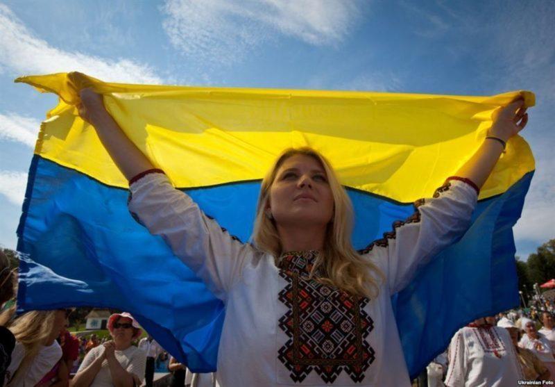 Порошенко вразив зворушливим роликом про український прапор (ВІДЕО)
