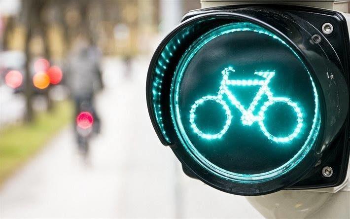 У Франківську планують встановити світлофори для велосипедистів