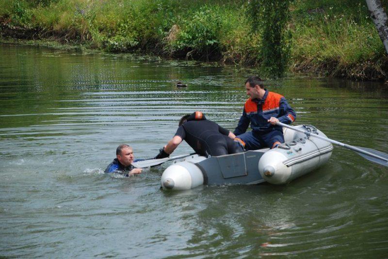 """На """"Бурштинському морі"""" втопилася жінка – тіло шукатимуть сьогодні"""