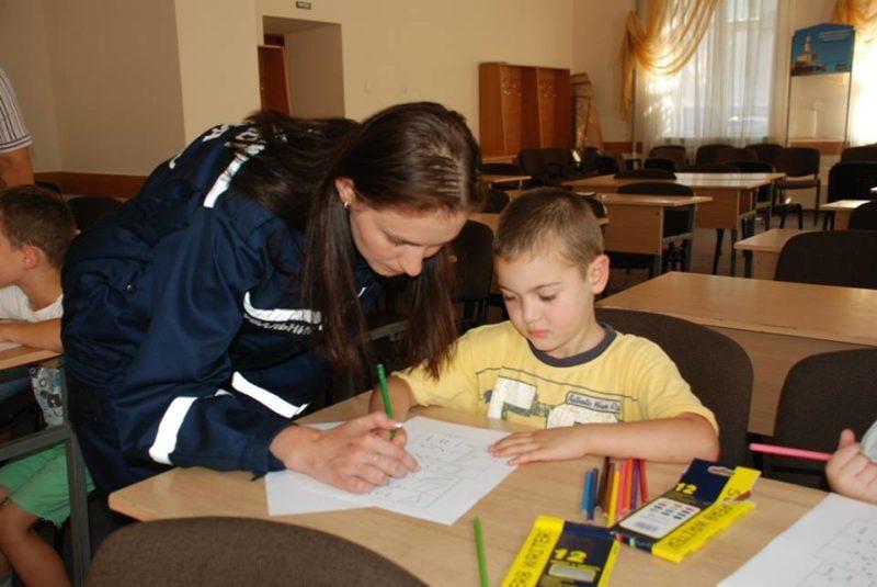 У Франківську дітей-переселенців психологічно готують до школи (ФОТО)