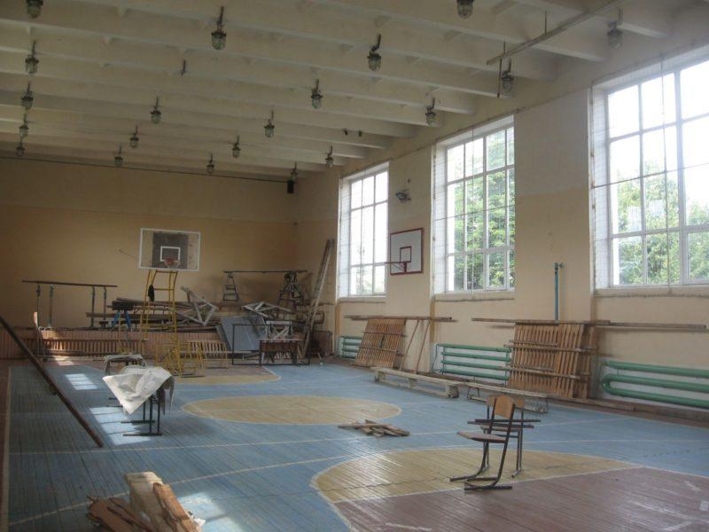 В Надвірній завершують ремонт школи (ФОТО)