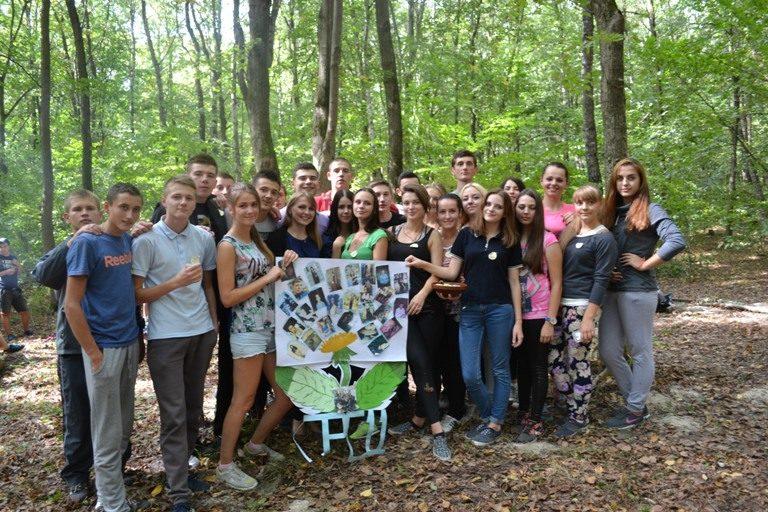 Першокурсників Інституту туризму Прикарпатського університету посвятили у студенти (ФОТО)