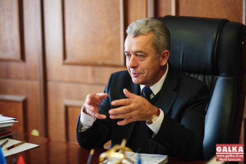 В останній день роботи Віктор Анушкевичус забрав з кабінету мера навіть власне крісло?