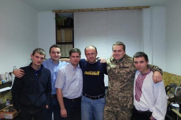 На Прикарпатті боєць АТО під час відпустки взяв участь у виборчих перегонах