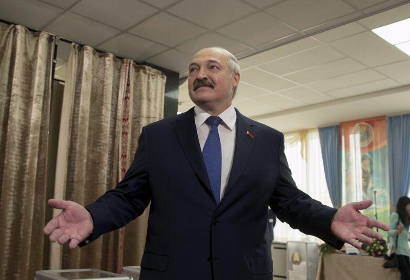 Білорусь оголосила про початок поставок нафти з США