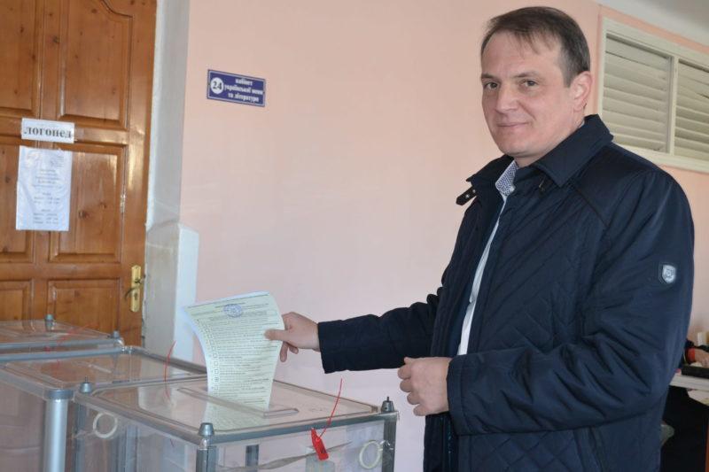 Як голосують кандидати в мери: Любомир Слободян про відсутність любові до міста серед кандидатів в мери (ВІДЕО, ФОТО)
