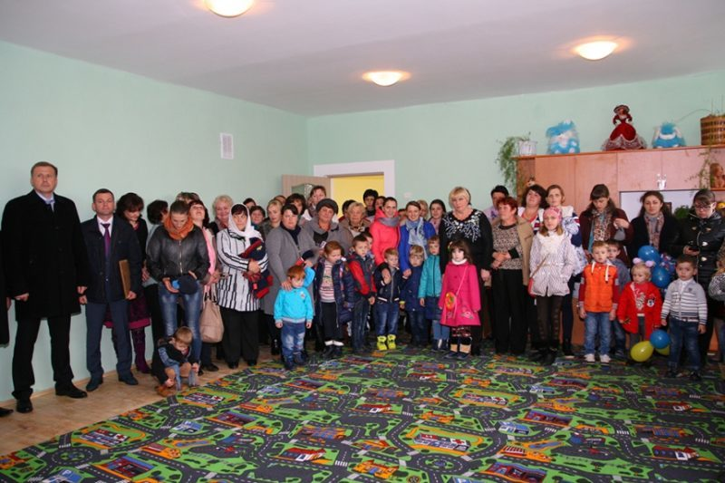 На Прикарпатті урочисто відкрили дитячий садок (ФОТО)