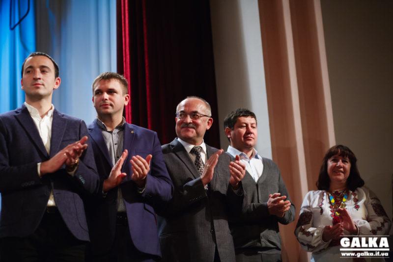 На виборах до обласної ради на всіх округах в Івано-Франківську найбільше голосів здобули свободівці (СПИСОК)