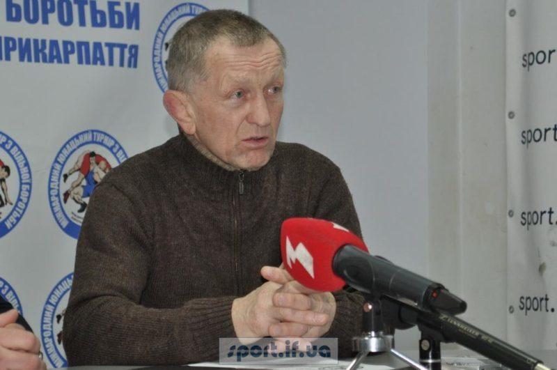 Прикарпатський тренер з вільної боротьби отримав президентську стипендію