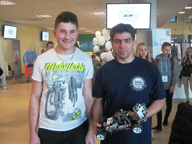 Команда з Франківська стала призером міжнародного турніру з робототехніки (ФОТО)