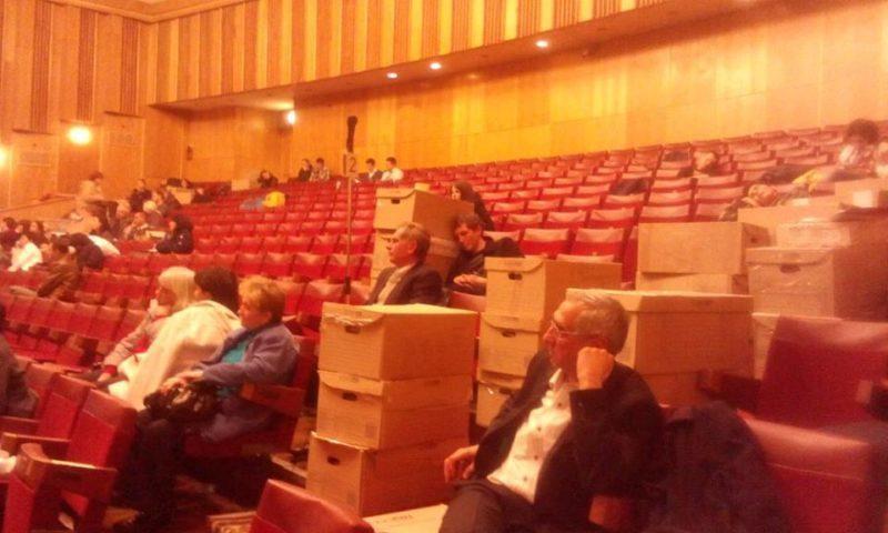 Опрацьовано більше 60% протоколів з виборчих дільниць Франківська. Члени комісій  сплять у черзі (ФОТО)
