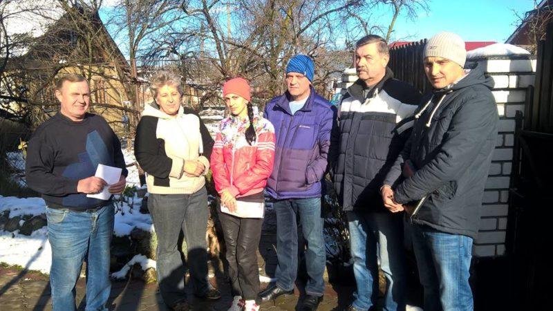 Хворій на рак прикарпатці допомогли небайдужі односельчани, бо у міському бюджеті грошей не знайшлося