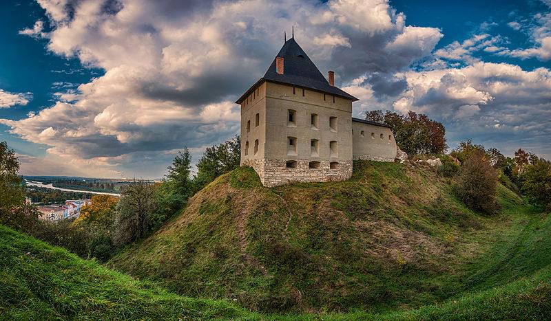 Фото Галицького замку перемогло у конкурсі «Вікі любить пам'ятки» на Прикарпатті