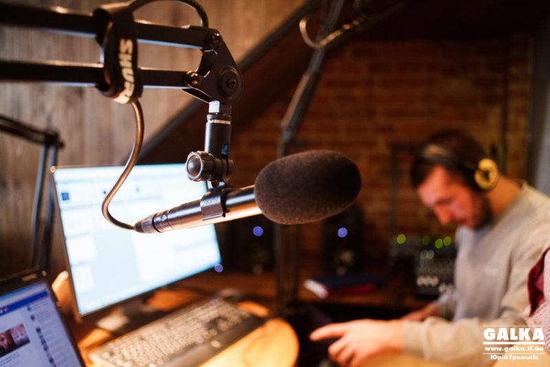 Юні франківські журналісти виграли 500 тисяч гривень на сучасну медіастудію