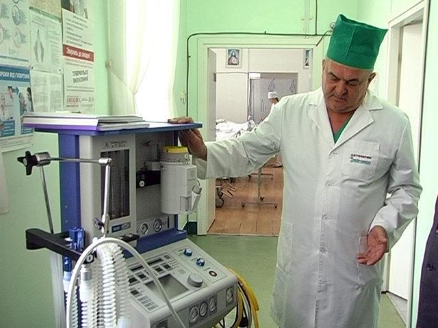 Реанімаційне відділення Коломийської лікарні отримало новий апарат (ВІДЕО)