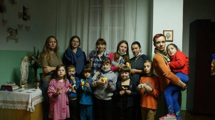 Для діток, хворих на туберкульоз, провели творчу акцію (ФОТО)