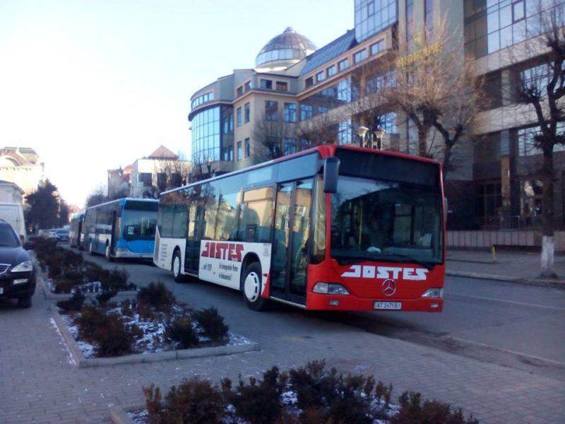 На страждальний 27 маршрут придбають чотири нові автобуси