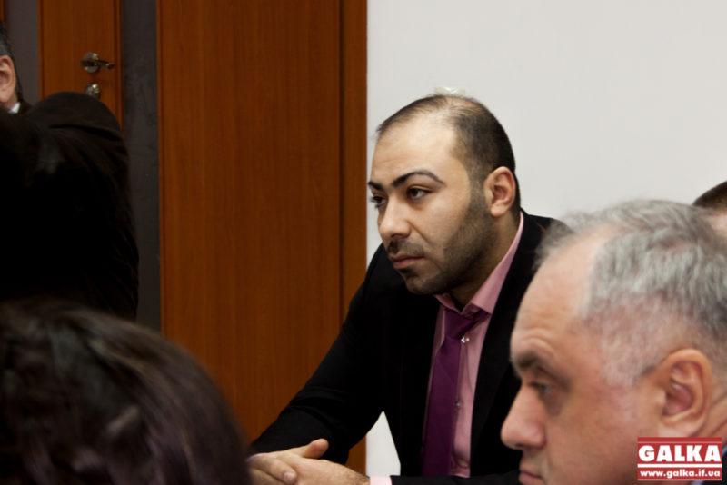 Глава арабської спільноти закликає затримати ще чотирьох фігурантів справи про розбещення школярки, та не сприймати всіх арабів як злочинців