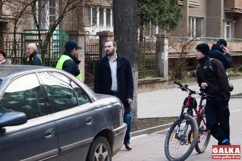 Шевченка вул, поліція, велодоріжки-2095