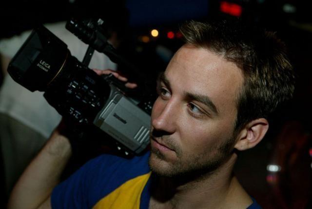 Американський кінорежисер виступив проти використання свого відео у номінованому на Оскар фільмі «Зима у вогні»