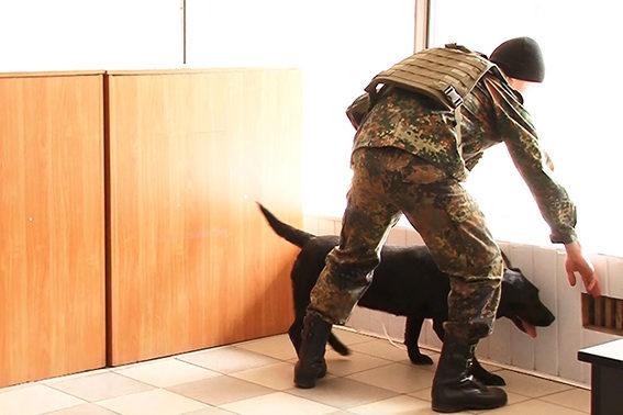 Невідомий повідомив про замінування будівлі ОДА та обласної лікарні в Пасічній (ФОТО)