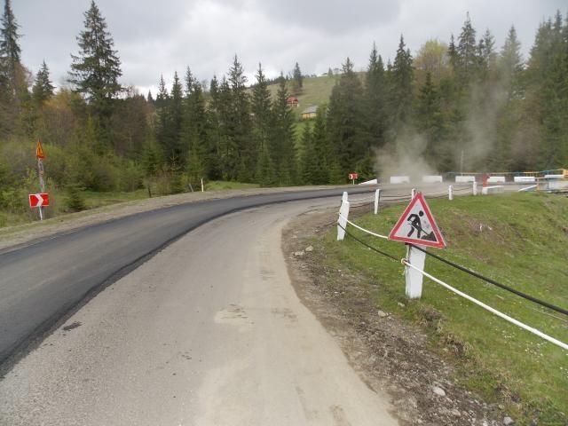 Прикарпатські депутати просять в Уряду збільшити фінансування ремонту доріг