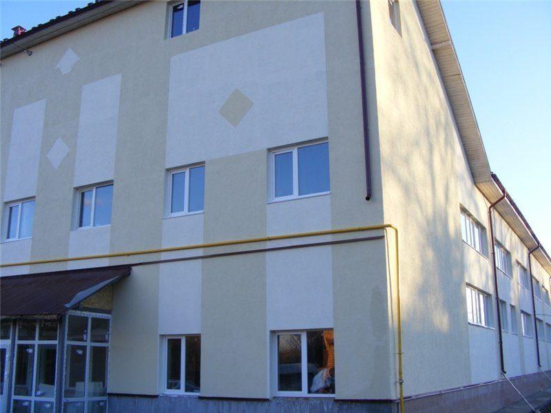 У Тлумацькому районі триває будівництво дитячого садка