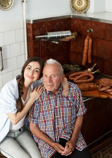 Історія унікальних ковбас від Карпатського масара – довгожителя Олекси Бойка
