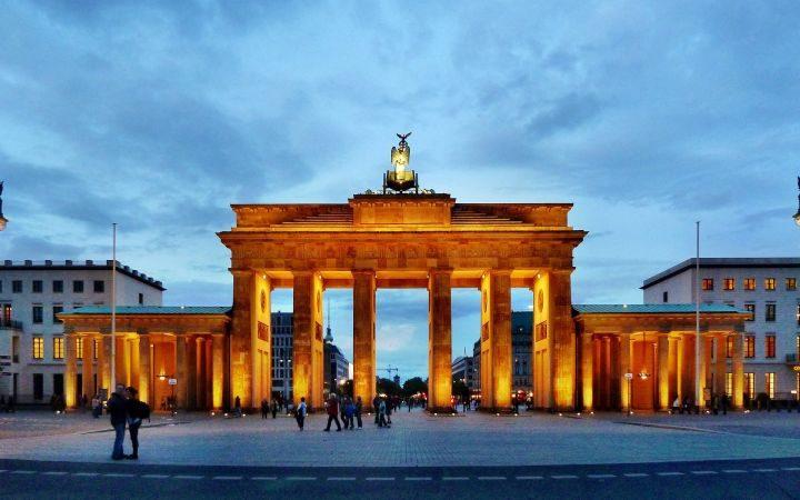 Німеччина оголосила дату відкриття кордонів