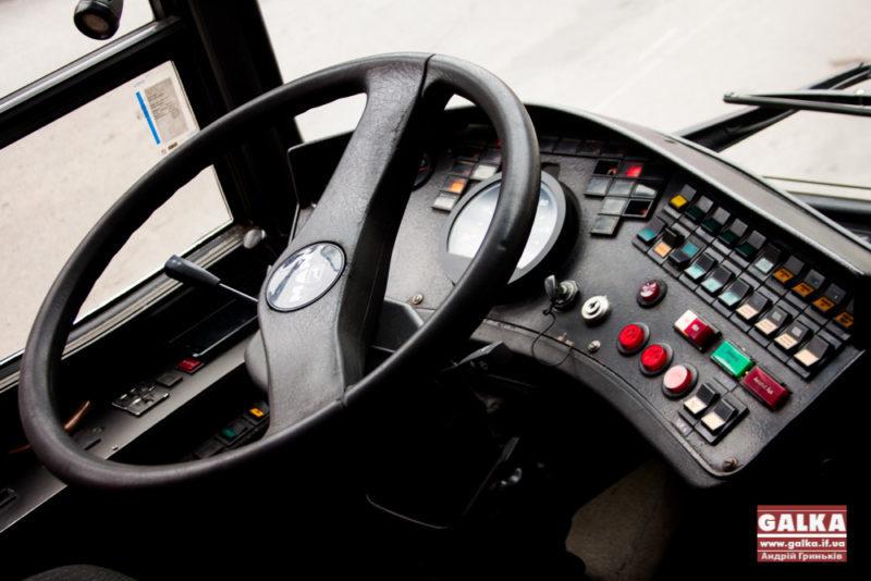 Франківців запрошують на курси водіїв тролейбуса, обіцяють до восьми тисяч гривень зарплати