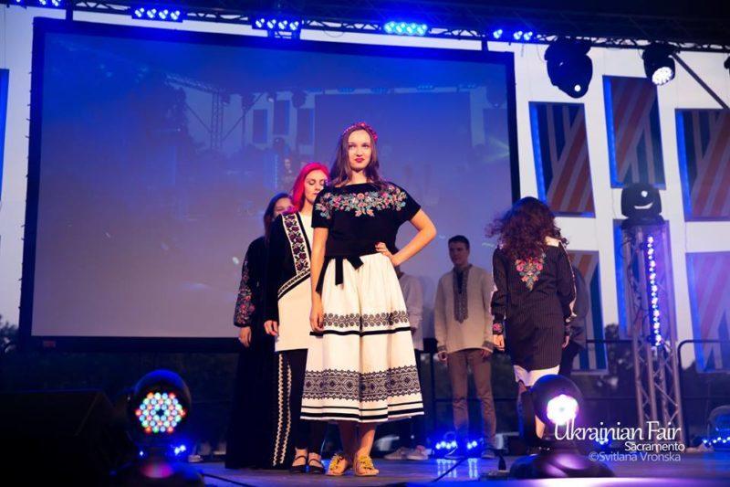 Дизайнерка з Івано-Франківська представила етноодяг на фестивалі в Каліфорнії (ФОТО)