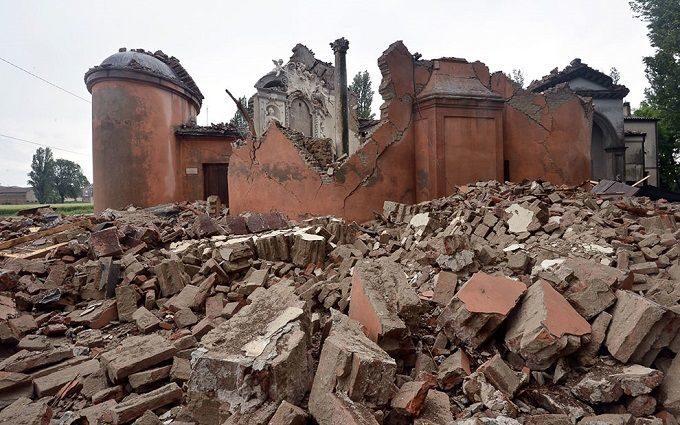 Землетрус в Італії пошкодив близько 300 історичних будівель (ФОТО)