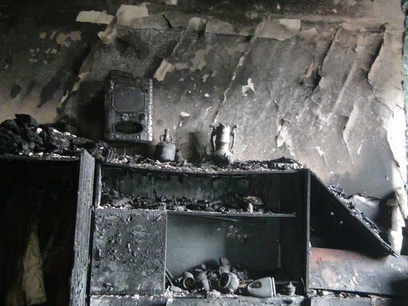У п'ятницю на Прикарпатті горіли вантажівка, гараж та господарські будівлі
