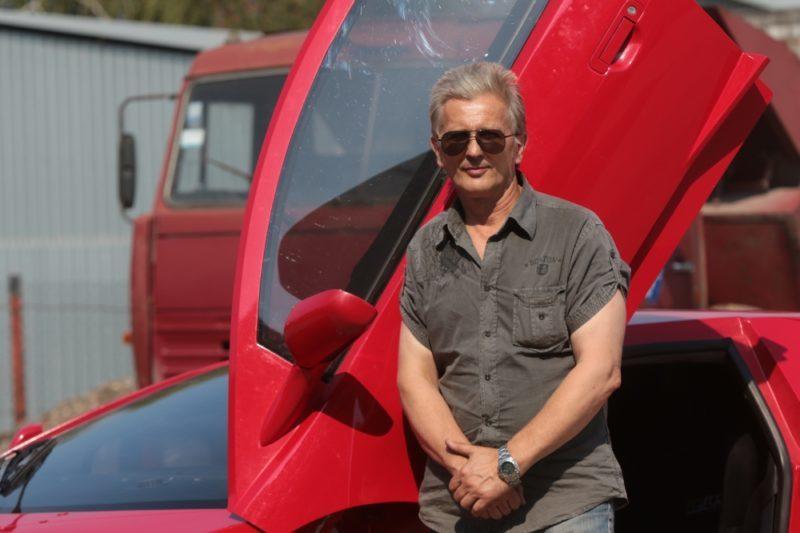 Львів'янин у своєму гаражі склав рідкісний Lamborghini (ВІДЕО+ФОТО)