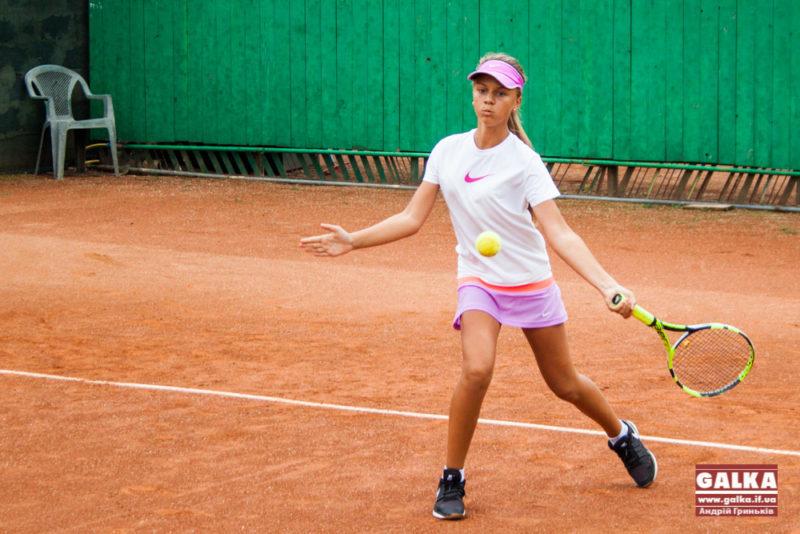 Теніс великий-8120
