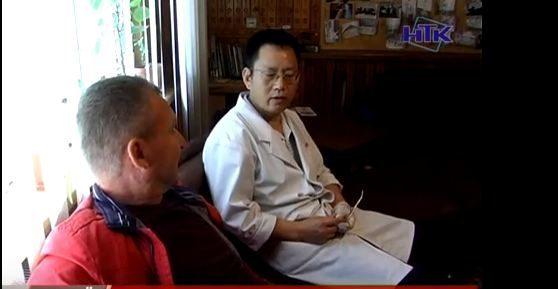 Китаєць лікував коломиян голками (ВІДЕО)