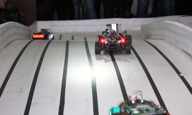 Робот прикарпатських науковців переміг на всеукраїнському конкурсі (ФОТО)