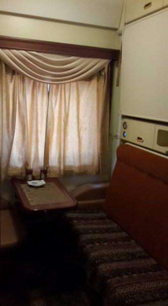 Укрзалізниця запустила вагон класу люкс із туалетом і душем у кожному купе (ФОТО)