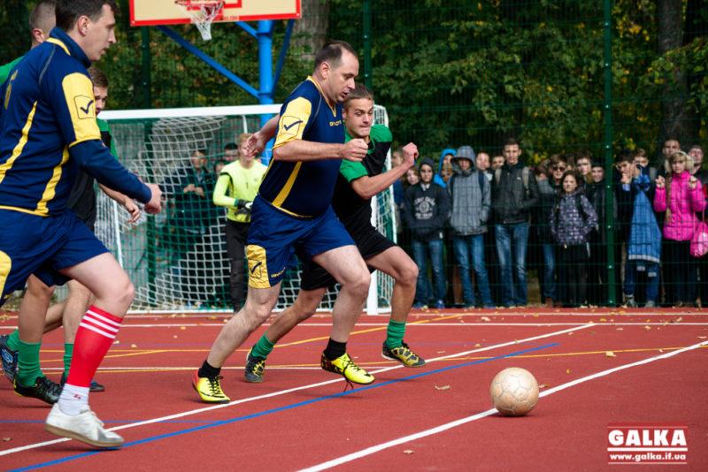 Футбол,11 школа,відкриття майданчика-2283