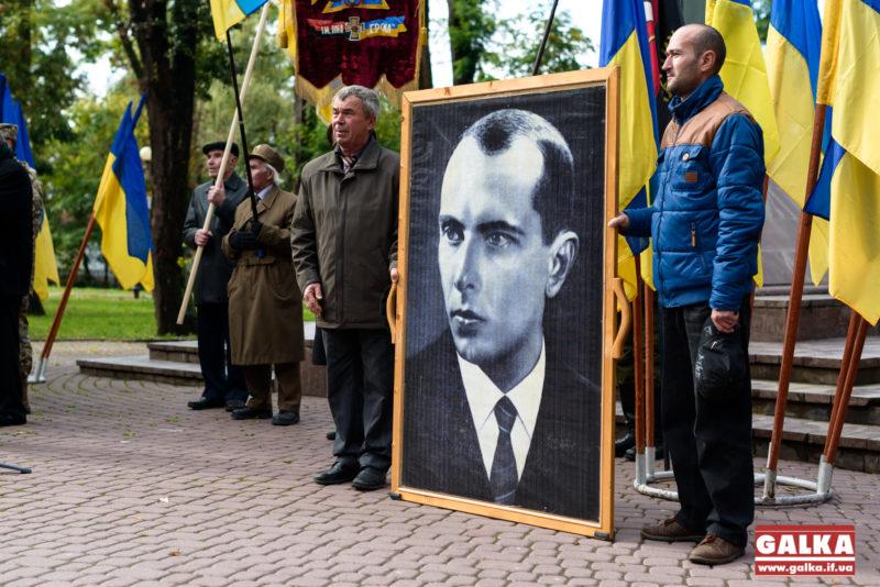 Суд Києва повернув проспектам Бандери і Шухевича старі радянські назви (ВІДЕО)