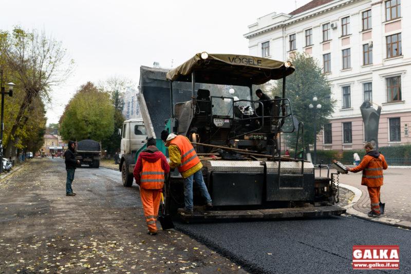 Цьогоріч у Франківську відремонтували 8 вулиць та 27 тротуарів