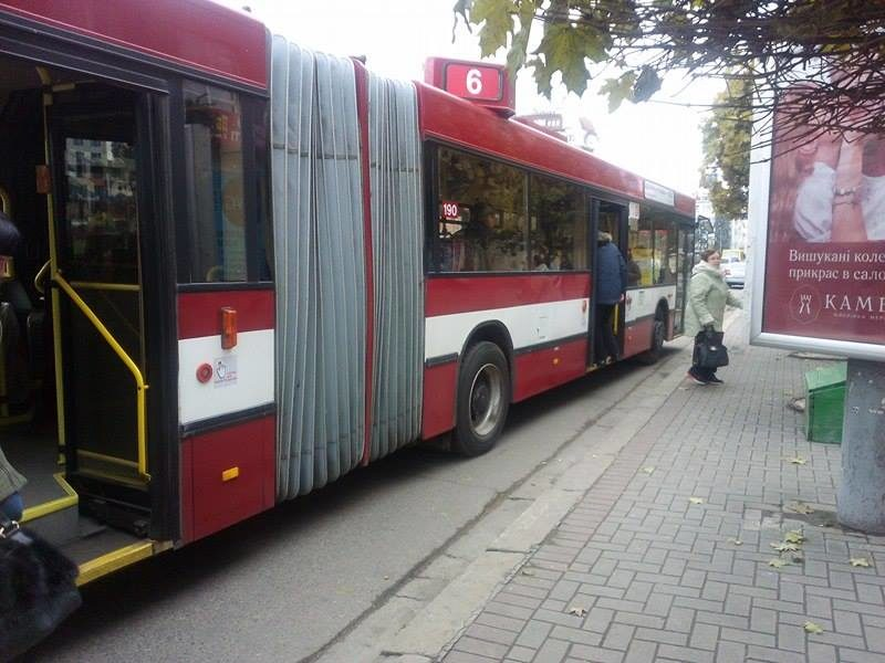Нові-старі австрійські тролейбуси вже курсують Івано-Франківськом (ФОТО)