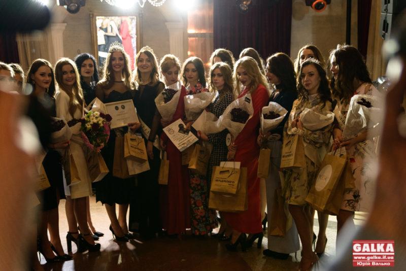 У Франківську вкотре відбулося свято краси та моди Star Face of the Season (ФОТО)
