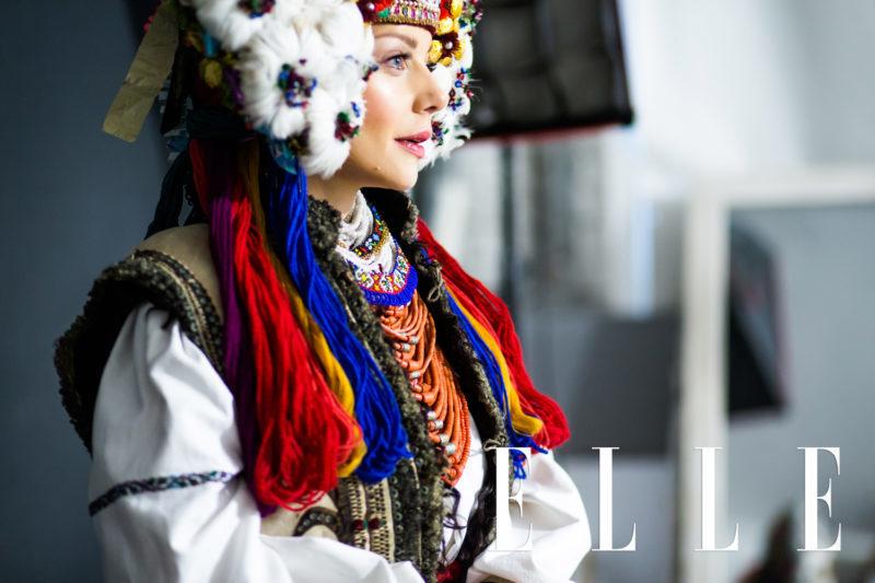 Тіна Кароль вдяглась, як автентична наречена з Івано-Франківщини (ФОТО)