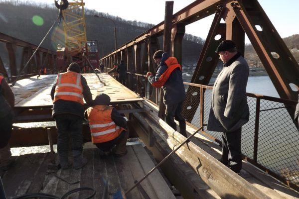 На Прикарпатті завершують ремонт дорожнього мосту через Дністер (ФОТОФАКТ)