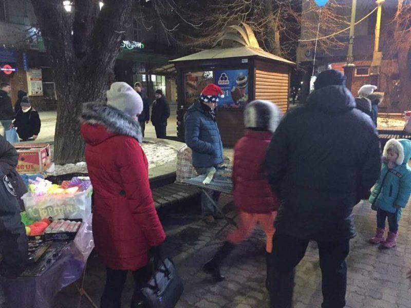 Працівники муніципальної інспекції з благоустрою відпрацювали рейд у новорічну ніч (ФОТО)