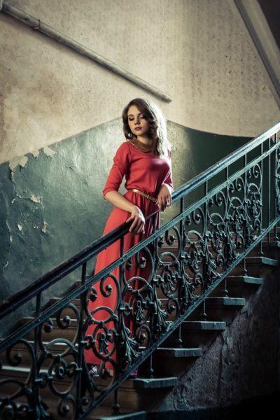 Юна модель з Івано-Франківська просить допомогти потрапити на відоме реаліті-шоу