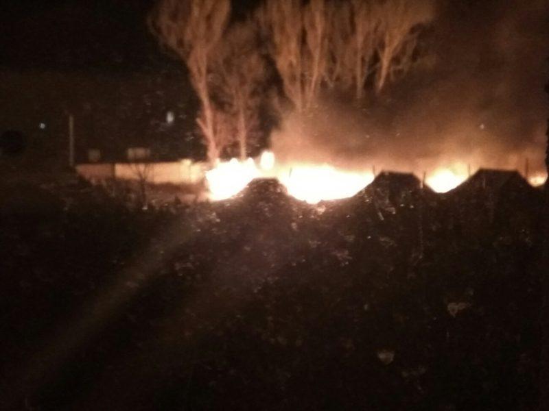 Вибухи таки були: нове відео очевидців пожежі на території десятої гірсько-штурмової бригади (ВІДЕО)