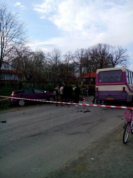 Смертельна аварія на Коломийщині: четверо загиблих у зіткненні легковика та автобуса (ФОТО)